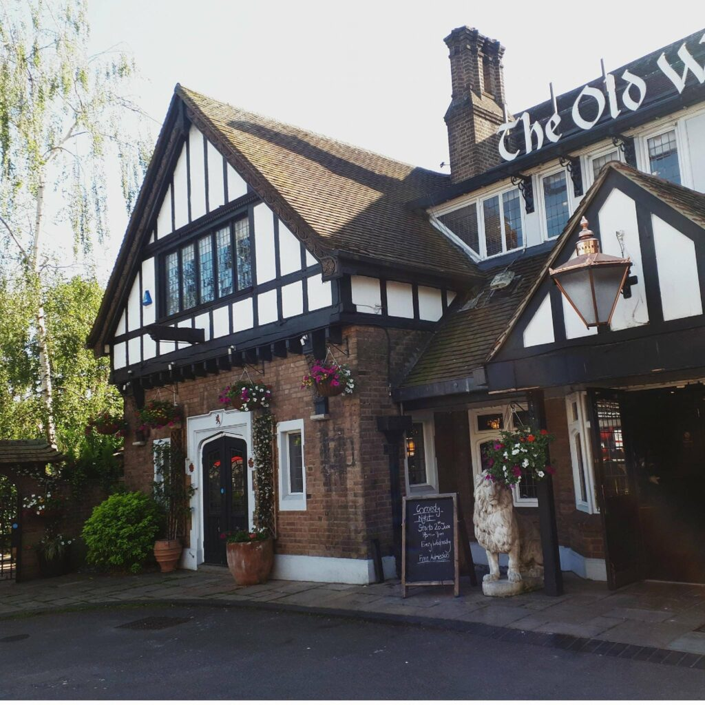 The Old White Lion